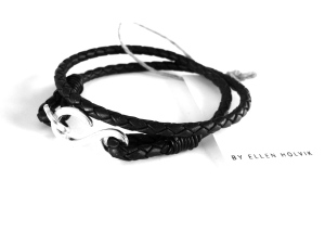 Double Braided Bracelet in leather and silver. SEK1100.-